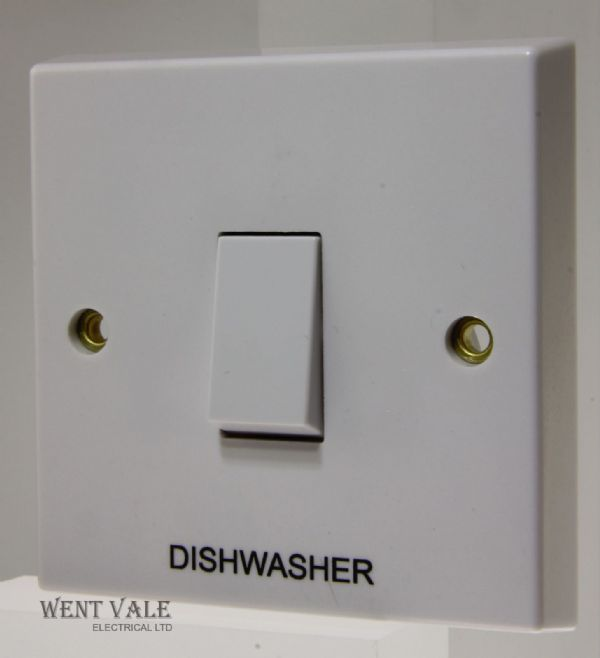 "Volex - VX1070-DW - 20a White Moulded Double Pole Switch Marked ""Dish Washer"""